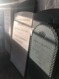 Headstones for graves: 10 stunning designs Setting Up A Charity, Grave Headstones, Beautiful Lettering, Memorial Stones, Stone Carving, How To Raise Money, Constellations, Really Cool Stuff, Hand Carved
