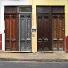 doors in Buenos Aires