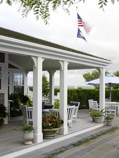Porch in Sconset, Nantucket MA - Lyman Perry Architects