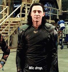 Loki Mic Drop GIF - Loki MicDrop TomHiddleston - Discover & Share GIFs