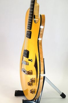 http://www.jazzguitar.be/forum/guitar-amps-gizmos/55688-anyone-played-marchione-semi-hollow.html