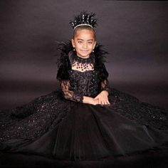 Items similar to Evil Queen Costume Vampire Ball Gown on Etsy Kids Witch Costume, Halloween Costumes For Kids, Diy Costumes, Halloween 2019, Evil Queen Costume, Vampire Kids, Feather Dress, Halloween Disfraces, How To Make Shorts