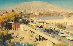 El Paso, Texas currently has five International Bridges connecting El Paso, Texas and Juarez, Mexico.  This is a very early one.  You are looking from Mexico toward the US.