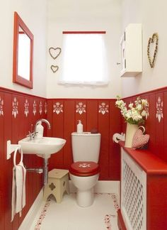 An All Red Bathroom We Dig It Like This Us Https