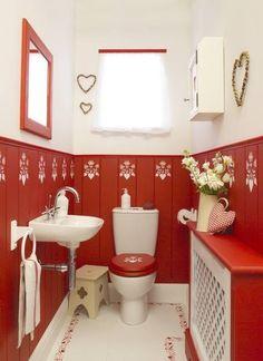 Red & white cottage bathroom