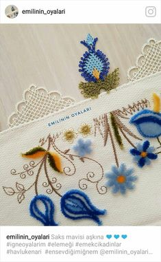 Romanian Lace, Needle Lace, Cross Stitch Embroidery, Punch, Diy And Crafts, Daisies, Crossstitch, Craft, Chinese Embroidery
