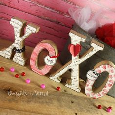 Thoughts in Vinyl | Vinyl and Wooden Lettering | Super Saturday Crafts
