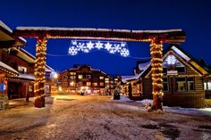 Fernie BC Ski Vacation, Canadian Rockies, British Columbia, Skiing, Places To Go, Canada, Mansions, House Styles, Wanderlust