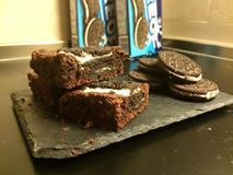 Facili Idee: BROWNIES AGLI OREO