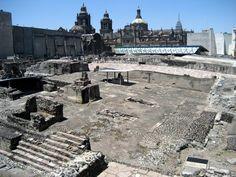 Este templo se llama el Templo Mayor. Está en la Cuidad de México, México. Los aztecas hecho de mano de lo hicieron. El templo es para el dios de guerra, Huitzilopochtli, y el dios de llueve, Tlaloc.
