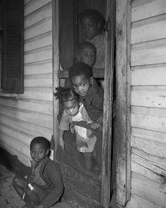 Gordon Parks' D. Photography From Shows Black And White Realities In Nation's Capital