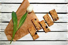 Zdrowe, bananowe batoniki owsiane   Przepis już na fb https://www.facebook.com/eatdrinklook/ ------>  Healthy Banana Oatmeal bars   Recipe already on fb https://www.facebook.com/eatdrinklook/