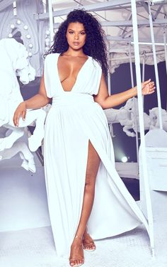 The Plus White Ruched Plunge Maxi Dress. Head online and shop this season's range of plus size at PrettyLittleThing. Express delivery available. Plus Size Maxi Dresses, White Maxi Dresses, Plus Size Outfits, Plus Size White Outfit, Dressy Dresses, Ivory Dresses, Fall Dresses, Trendy Plus Size Fashion, Curvy Women Fashion