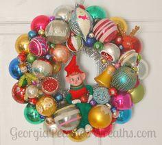 "Image of Vintage Shiny & Brite Christmas Ornament  Wreath 2515 - 15"" diameter"