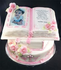 Isn't this adorable???? What a sweet cake!!!