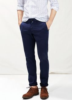 Pantalon chino slim-fit garment-dyed