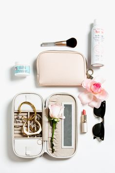 5 Tips to Packing your Travel Carry-on - The Chriselle Factor #TheChriselleFactor