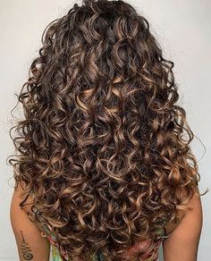 Short Curly Hairstyles 710442909959236017 - Fabulous Long Curly Haircuts & Hairstyles for 2020 Curly Hair Cuts curly fabulous Haircuts hairstyles Long Source by engistnader Boys With Curly Hair, Curly Hair Cuts, Curly Hair Styles, Natural Hair Styles, Curly Hair Layers, Perms For Long Hair, Long Curly Layers, 3b Curly Hair, Curly Perm