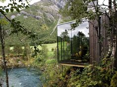 Juvet Landscape Hotel by JSA Architects - Burtigard, Gudbrandsjuvet, Norway. Each room is a detached small 'house' with one or two of the walls constructed in glass, granting each room its own view of a dramatic slice of landscape. Design Hotel, House Design, Architecture Cool, Installation Architecture, Garden Architecture, Beautiful Homes, Beautiful Places, Trees Beautiful, Beautiful Soup