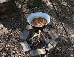 Sausage stew in a kotlich, easily made vegetarian #camping #recipe