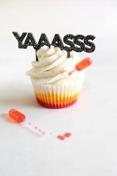 Tropical Vanilla Sunset (SPIKED!) Cupcakes!!    we ❤ this!  moncheribridals.com  #weddingcupcakes #weddingdesserts #weddingsweets