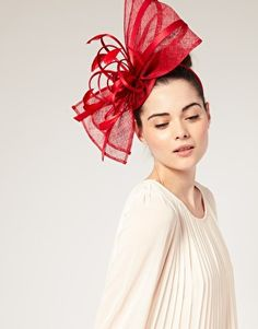hair fascinator - YES!!!