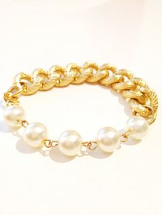 COCO bfrend Bracelet Gold Chunky Chain with Large Pearls