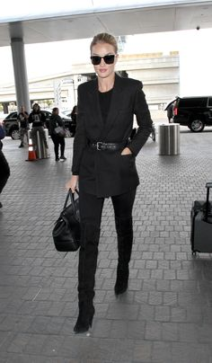 Rosie Huntington-Whiteley Has the Perfect Trick for Overpackers via @WhoWhatWearUK
