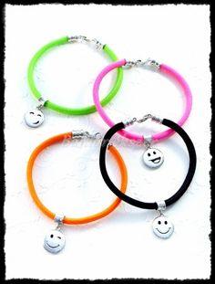 Ezüst Smiley karkötő :) Silver Horse, Smiley, Equestrian, Washer Necklace, Bracelets, Jewelry, Bangles, Jewlery, Jewels