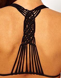 Bild 3 von ASOS – Triangel-Bikinioberteil mit Makramee-Detail hinten