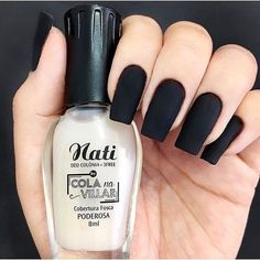 False nails have the advantage of offering a manicure worthy of the most advanced backstage and to hold longer than a simple nail polish. The problem is how to remove them without damaging your nails. French Manicure Acrylic Nails, Nails Polish, Pedicure Nail Art, Matte Nails, French Nails, My Nails, French Manicures, French Pedicure, Glitter Nails