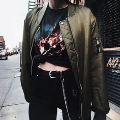 Details  vintage tee & @wconcept bomber Luanna Perez, Fall Outfits, Fashion Outfits, Cool Style, My Style, All Black Everything, Rocker Chic, Vintage Tees, Foto E Video