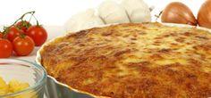 Pizza Pasta Cake ist eine köstliche Alternative zur klassischen Pizza. Wie der Pizza-Kuchen gelingt, erklärt Eva im Anleitungs-Video. Viel Spaß!