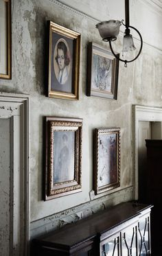 Alex Raskin Antiques / four stories of ancient antebellum house and heaps of antique furniture (photo by Michael Graydon)