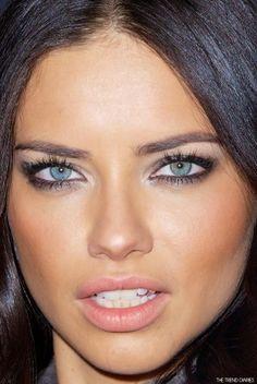 c4588578a8 Primer de la cara  Lista de Adriana Lima Adriana Lima Sin Maquillaje