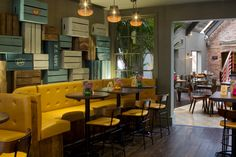 Las Iguanas restaurant by B3 Designers, Derby   UK restaurant