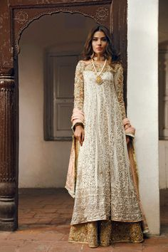 Pakistani dress  ❤❤♥For More You Can Follow On Insta @love_ushi OR Pinterest @ANAM SIDDIQUI ♥❤❤
