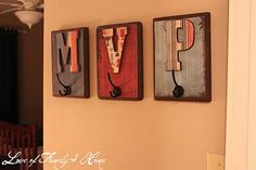 for boys room...names or initals?