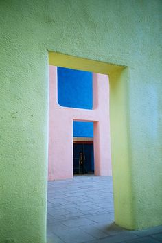 colour-Le Corbusier, Chandigarh, India
