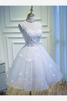 Prom Dress Short, Prom Dress White, Sexy Prom Dress, Prom Dress With Appliques, A-Line Prom Dress Short Homecoming Dresses Elegant Homecoming Dresses, Junior Prom Dresses, A Line Prom Dresses, Prom Dresses Online, Evening Dresses, Dress Prom, Prom Gowns, Quinceanera Dresses Short, Bridesmaid Gowns