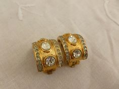 Vintage Rhinestone and Gold Tone Clip On Earrings by MuskRoseVintage