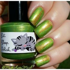 🐱 Eat Sleep Polish Hope 🐱 Eat Sleep Polish Great Sexpectations from the LE Anniversary collection inspired by Sex and The City // @MadHatterMH // nailart //