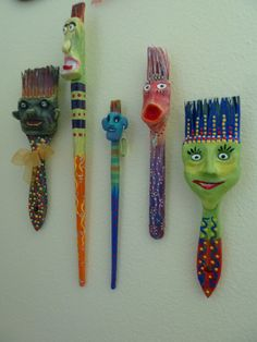 How cute are my recycles paint brushes?