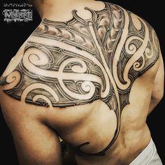 Body Art Tattoos, Tribal Tattoos, Sleeve Tattoos, Tatoos, Polynesian Tattoo Designs, Maori Tattoo Designs, Maori Patterns, Tattoo Patterns, Maori Tattoo Arm
