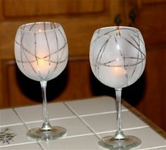 DIY wine glasses - Wrap rubber bands around and cover with frosted glass spray paint