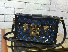 e6d6e4cd0ae LOUIS VUITTON PETITE MALLE M42441 Coloured Monogram canvas Real photos  outside and inside will be available