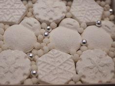 度々行きたい旅。: 京都観光:京干菓子「暦 雪こんこ」〜亀屋良長