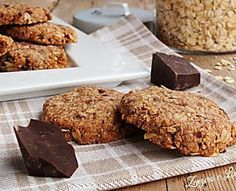 But it is also really tasty and inviting and it is not difficult to prepare. Biscotti Cookies, Biscotti Recipe, Italian Desserts, Vegan Desserts, Cookie Recipes, Dessert Recipes, Brunch, Light Desserts, Biscuit Cake