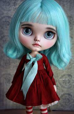 Gwen custom Blythe doll by Jodiedolls by Jodiedolls on Etsy https://www.etsy.com/listing/507458390/gwen-custom-blythe-doll-by-jodiedolls