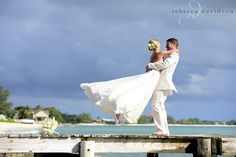 Laura and Beau photographed by Rebecca Davidson had a destination wedding in Grand Cayman and Isadora and Yannick from Bona Fide had the pleasure of entertaining at Grand Old House for their wedding reception